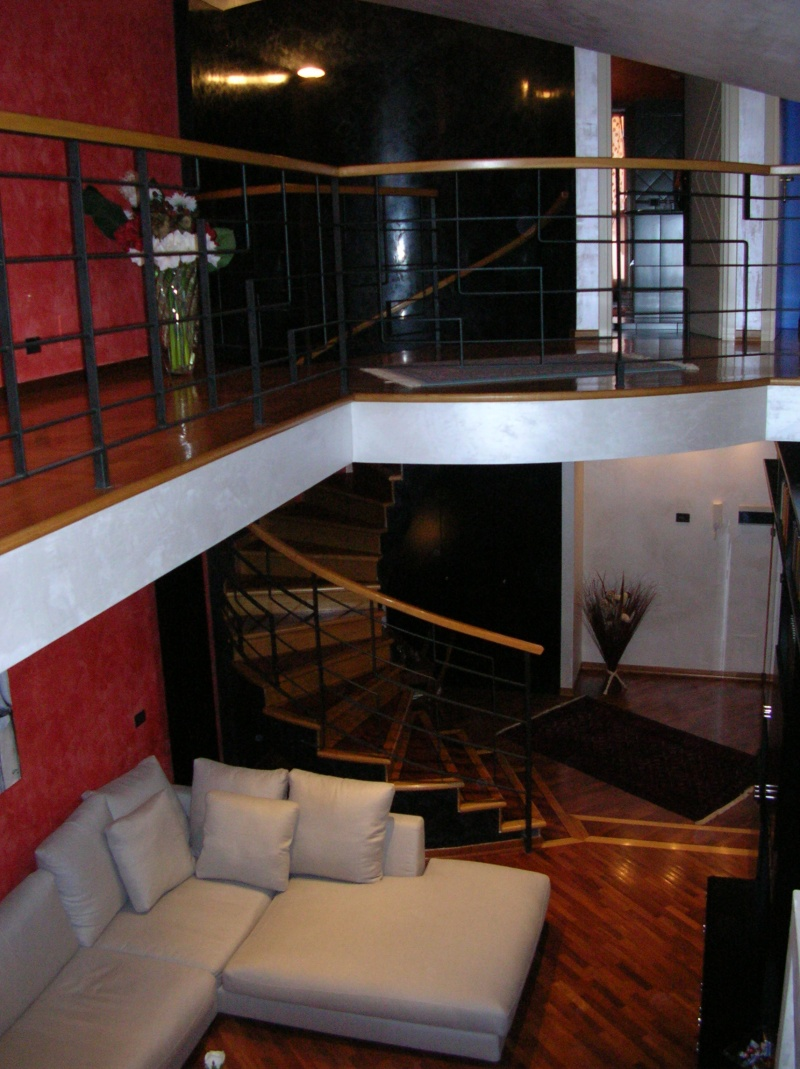 Realizzazione soppalco per appartamento su due livelli